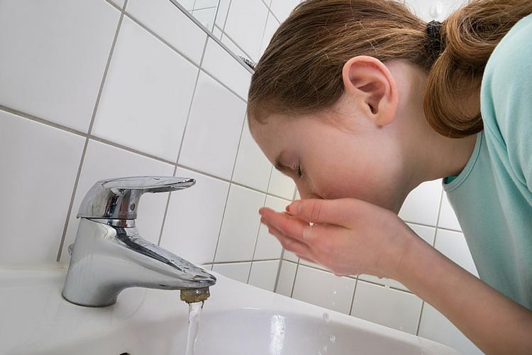 رعایت بهداشت دهان و دندان در طی درمان ارتودنسی