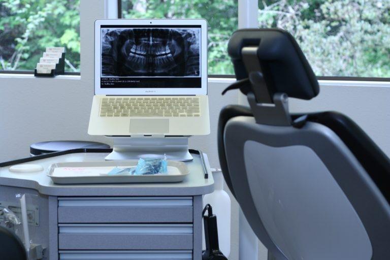 مزایای بریس ها غیر از صاف شدن دندان ها